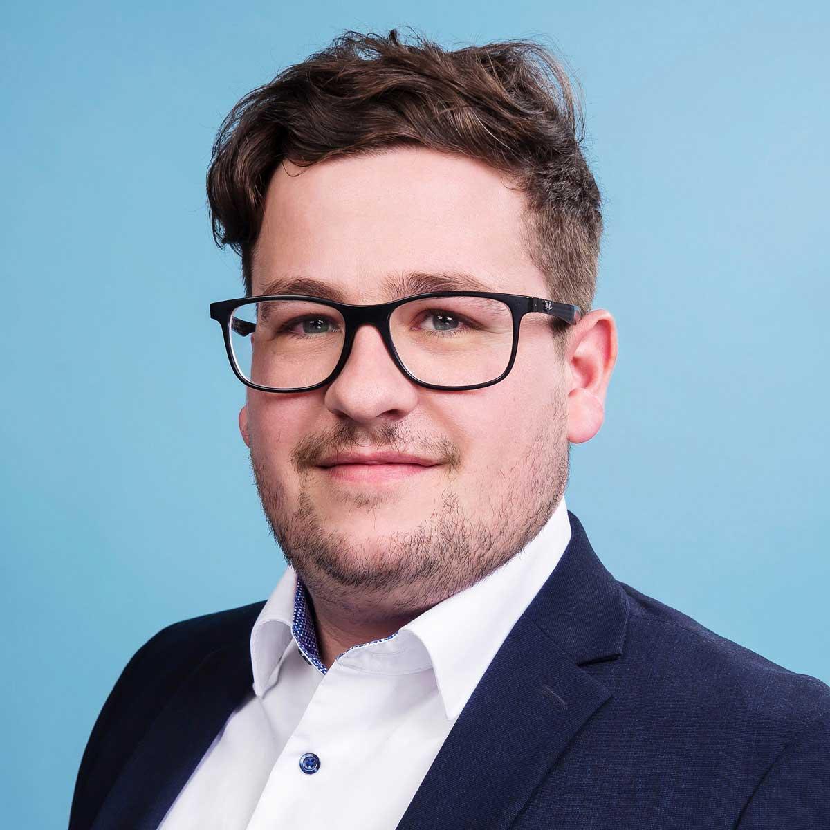 Autohaus-Morrkopf-Mitarbeiter-Anpsprechpartner-Kiefer