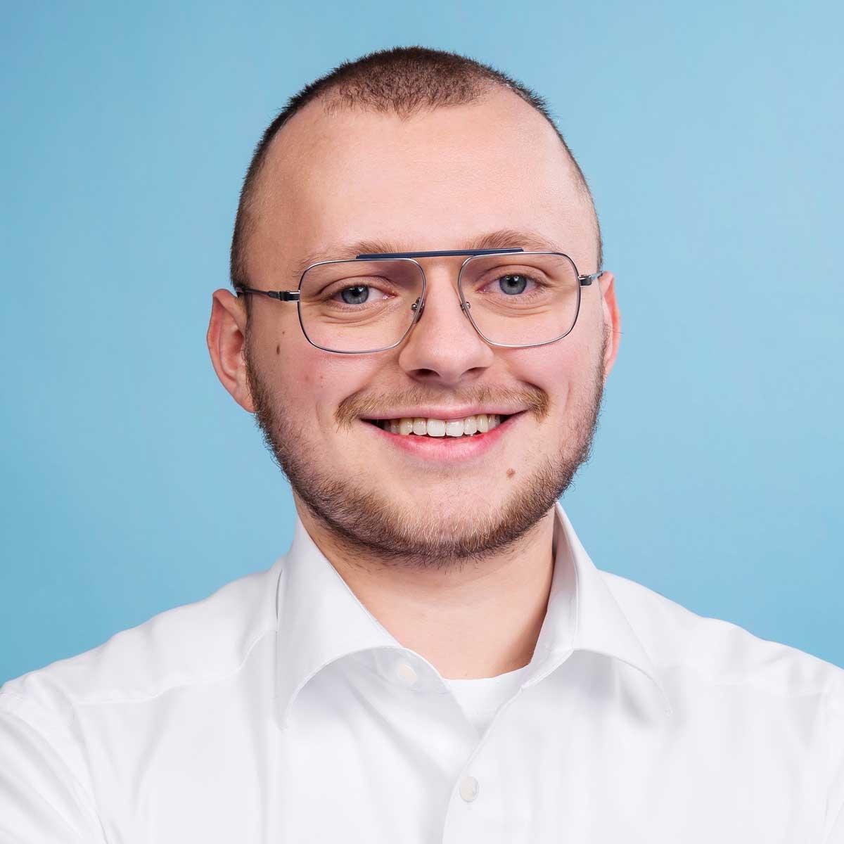 Autohaus-Morrkopf-Mitarbeiter-Anpsprechpartner-Laurenz-Winheim