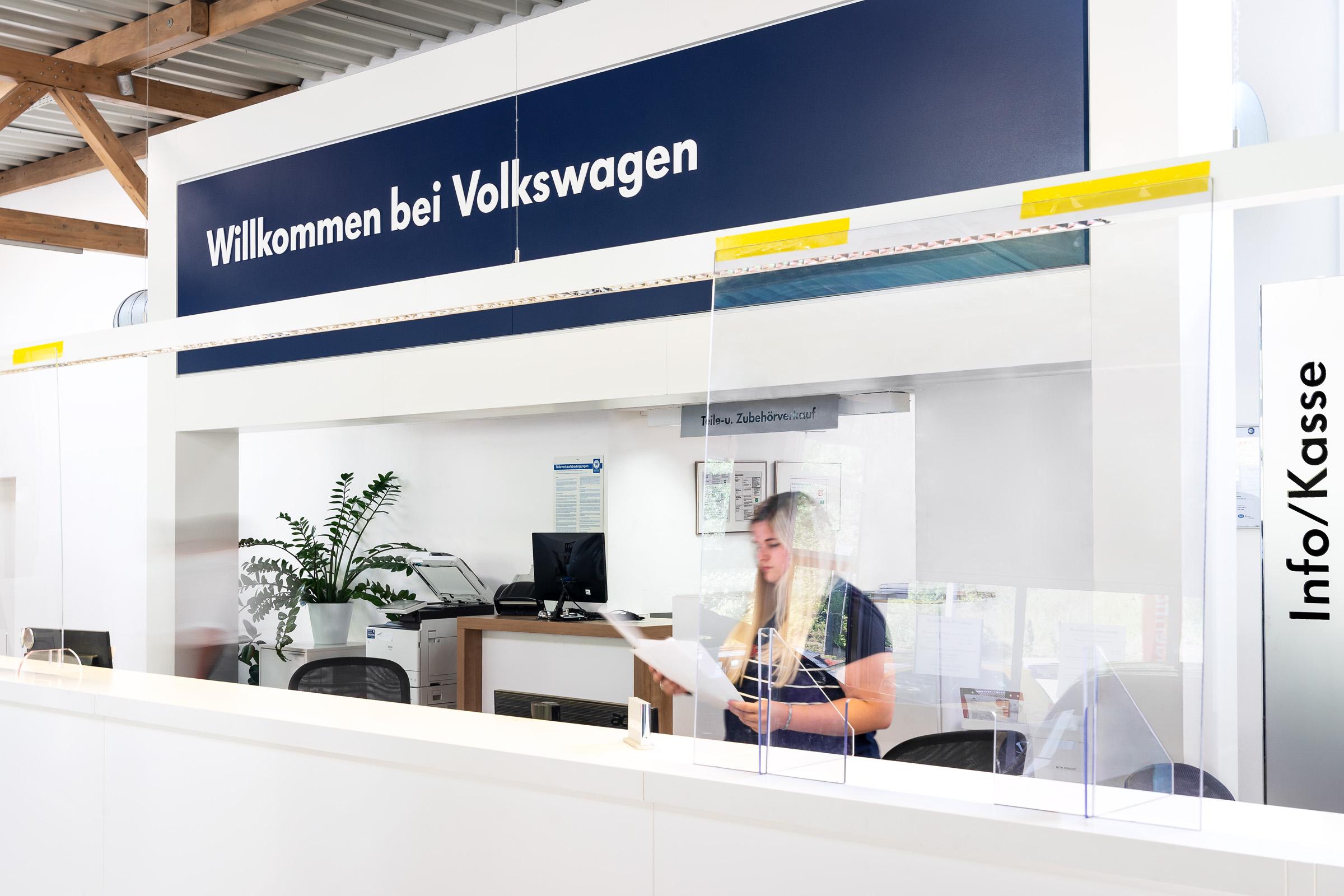 autohaus-morrkopf-weingarten-gebrauchtwagen-leasing-Kundenannahme